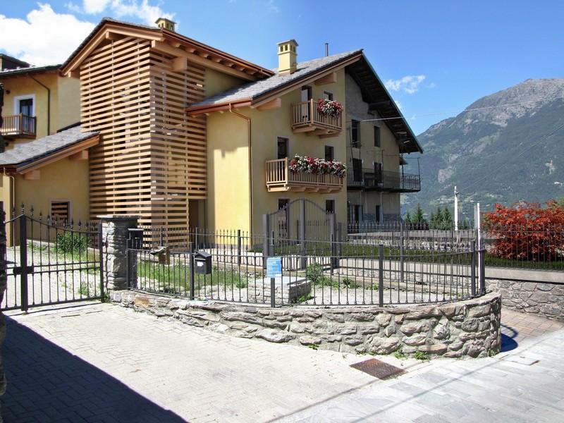 Aosta - Ristrutturazione edificio residenziale - Fotoinserimento soluzione progettuale